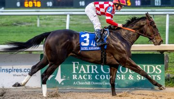 Serengeti Empress. Rachel Alexandra-G2. Hodges Photography-web